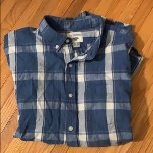 Old navy button down shirt